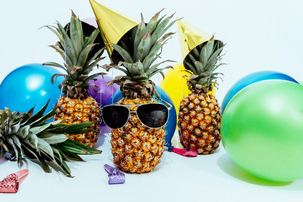 Cómo montar una fiesta tropical en casa para celebrar (o despedir) elverano