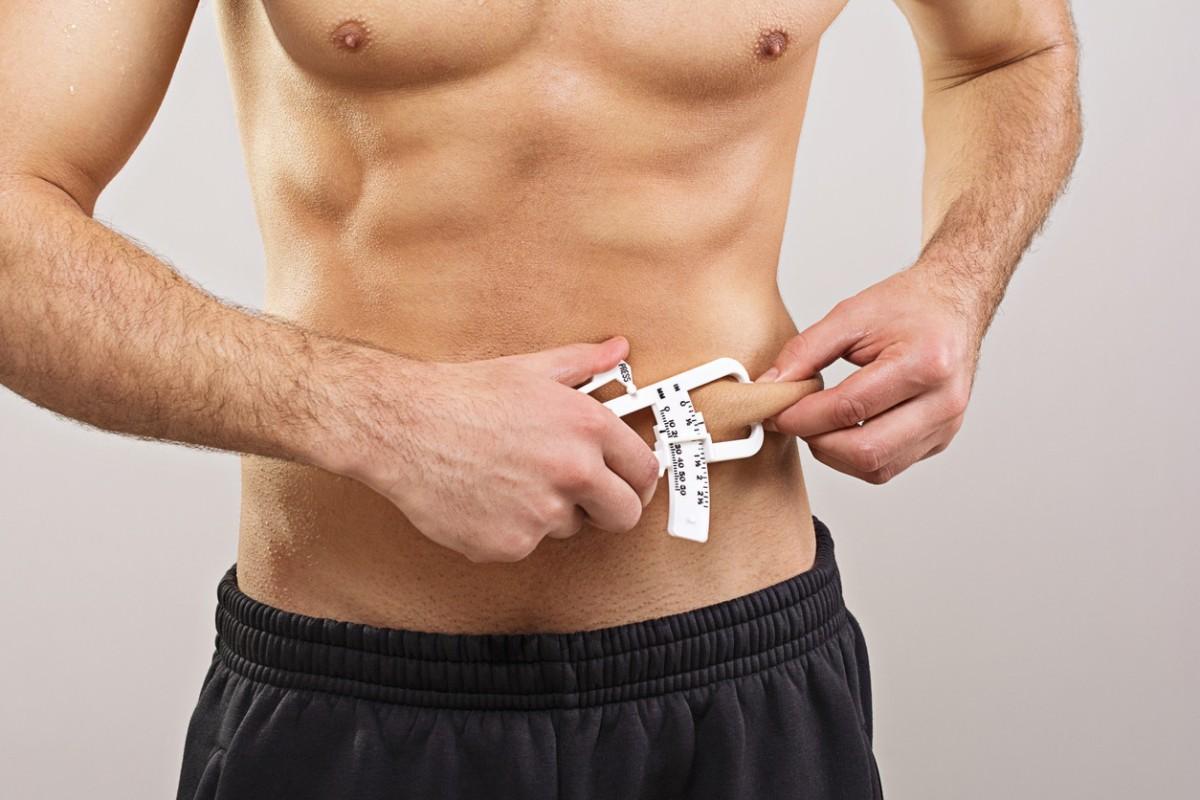 El índice de masa corporal (IMC) no es fiable: otros parámetros que podemos usar para medir el sobrepeso y laobesidad