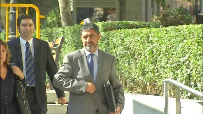 La Fiscalia demana presó sense fiança per al major dels Mossos, Josep LluísTrapero